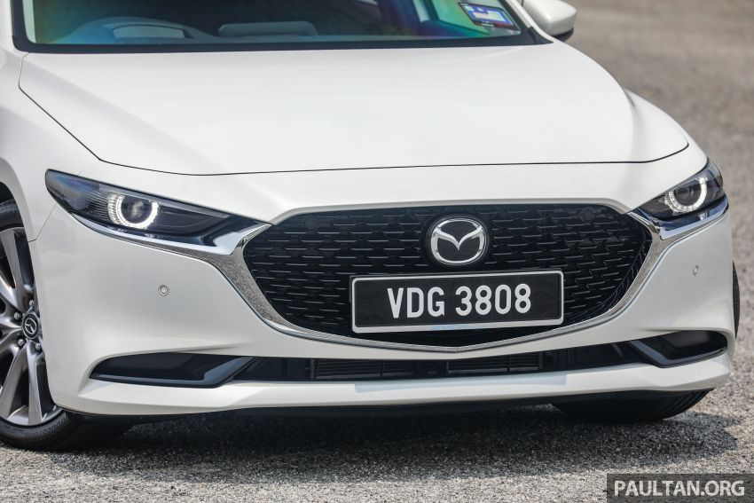 FIRST DRIVE: 2019 Mazda 3 Hatchback and Sedan – good car, but are those premium aspirations justified? Image #1017548