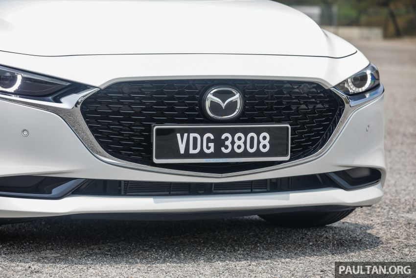 FIRST DRIVE: 2019 Mazda 3 Hatchback and Sedan – good car, but are those premium aspirations justified? Image #1017553
