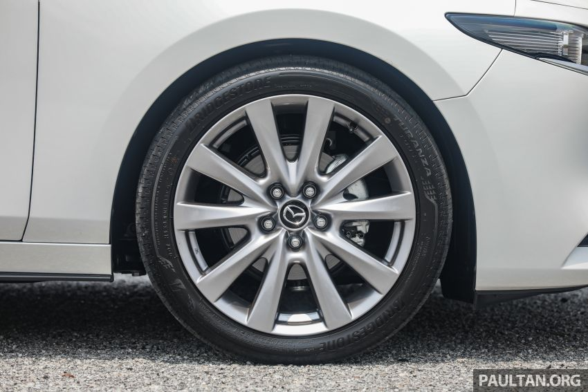FIRST DRIVE: 2019 Mazda 3 Hatchback and Sedan – good car, but are those premium aspirations justified? Image #1017554