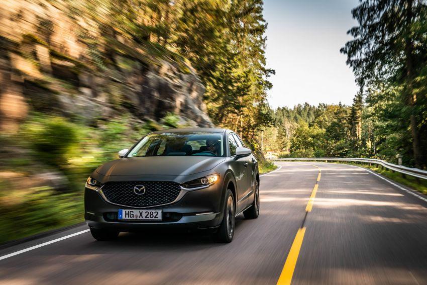 Mazda to unveil full EV at next month's Tokyo show Image #1016733