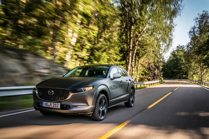 Mazda to unveil full EV at next month's Tokyo show Image #1016735