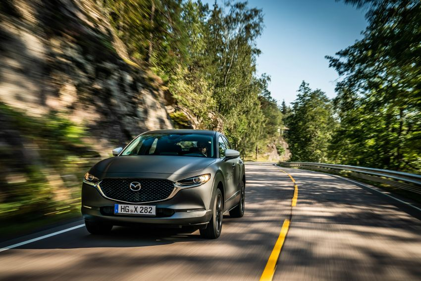 Mazda to unveil full EV at next month's Tokyo show Image #1016736