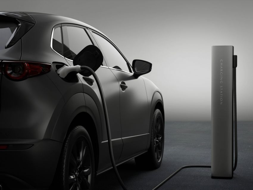 Mazda to unveil full EV at next month's Tokyo show Image #1016790