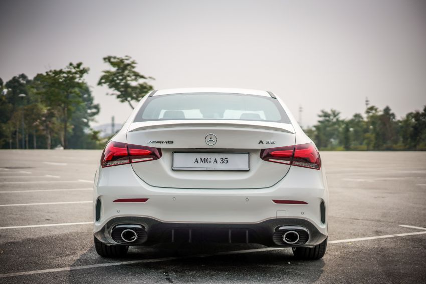 V177 Mercedes-AMG A35 4Matic Sedan launched in M'sia: 306 hp/400 Nm, 0-100 km/h in 4.8 secs, RM349k Image #1020273