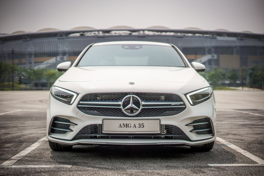 V177 Mercedes-AMG A35 4Matic Sedan launched in M'sia: 306 hp/400 Nm, 0-100 km/h in 4.8 secs, RM349k Image #1020275