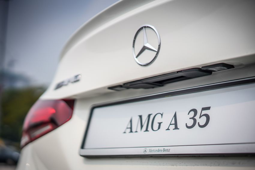 V177 Mercedes-AMG A35 4Matic Sedan launched in M'sia: 306 hp/400 Nm, 0-100 km/h in 4.8 secs, RM349k Image #1020246