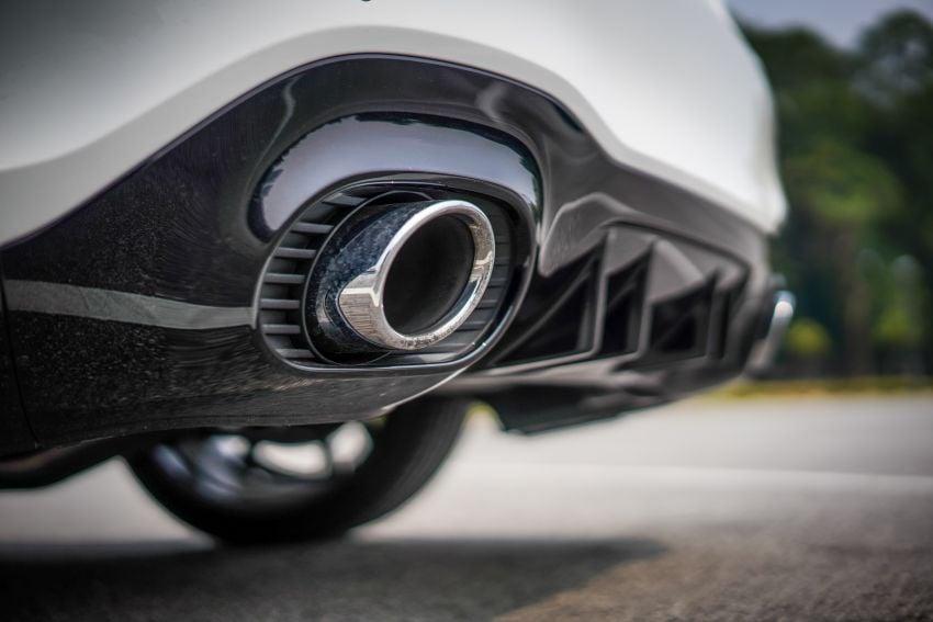 V177 Mercedes-AMG A35 4Matic Sedan launched in M'sia: 306 hp/400 Nm, 0-100 km/h in 4.8 secs, RM349k Image #1020315