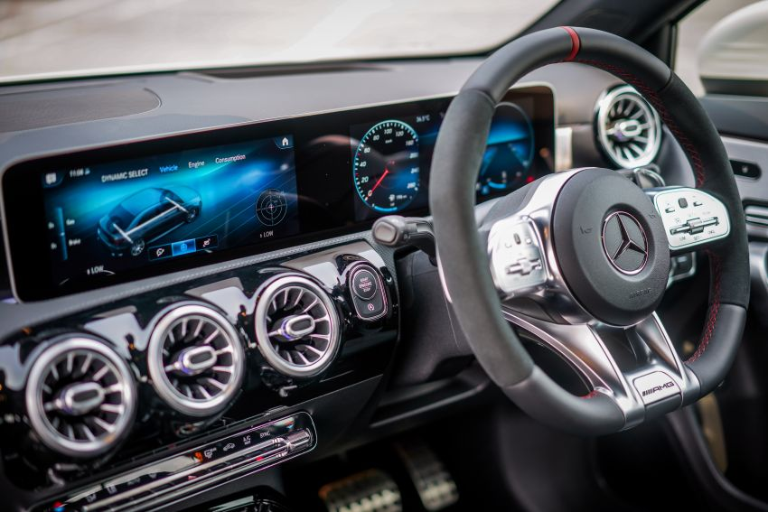 V177 Mercedes-AMG A35 4Matic Sedan launched in M'sia: 306 hp/400 Nm, 0-100 km/h in 4.8 secs, RM349k Image #1020316
