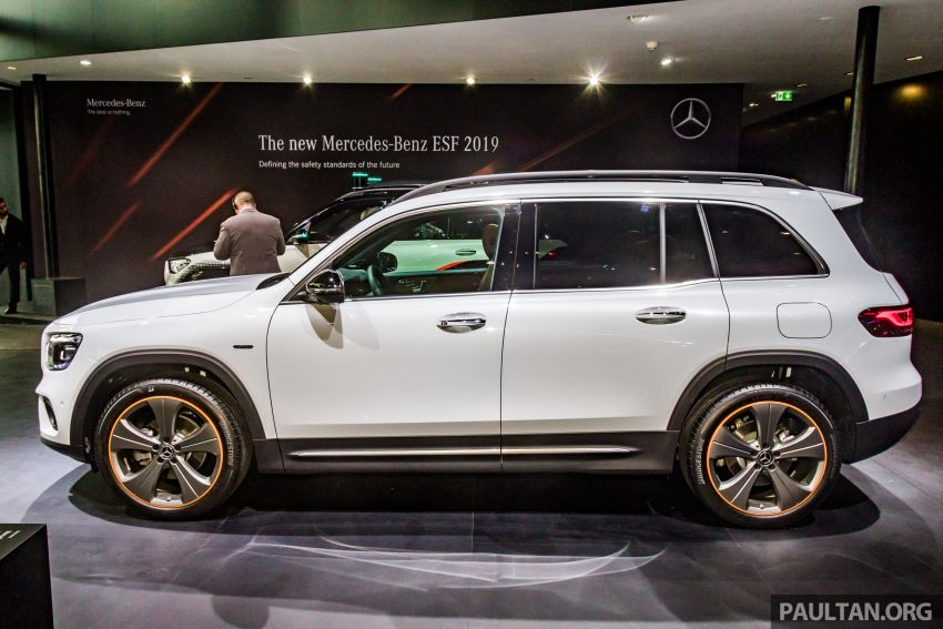 Mercedes-Benz GLB X247 dipamerkan di Frankfurt Image #1015344
