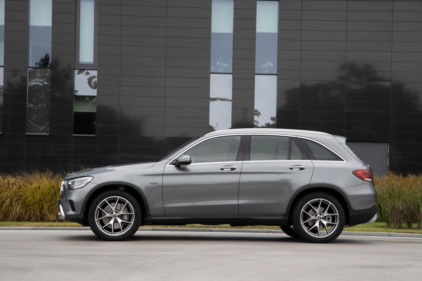 V167 Mercedes-Benz GLE 350de 4Matic and X253 GLC 300e 4Matic officially debut – as low as 1.1 l/100 km Image #1014301