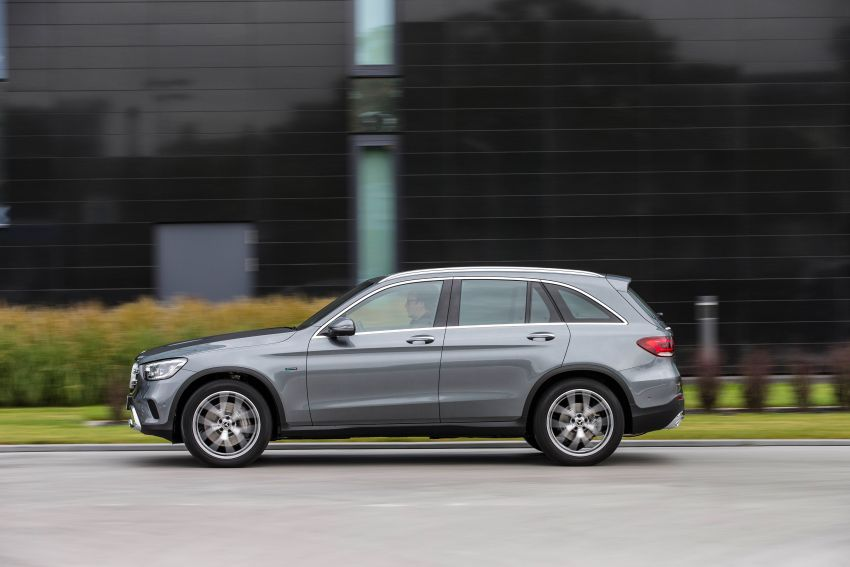 V167 Mercedes-Benz GLE 350de 4Matic and X253 GLC 300e 4Matic officially debut – as low as 1.1 l/100 km Image #1014306