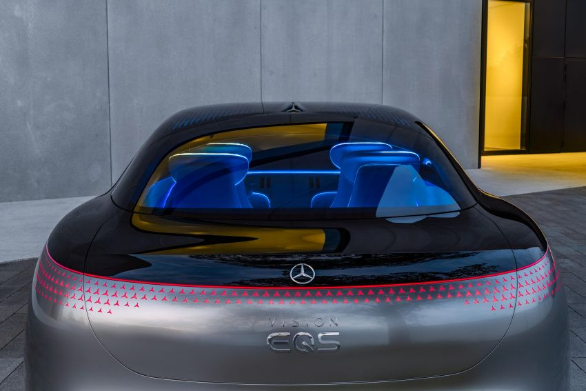 Mercedes-Benz Vision EQS debuts – concept electric flagship with over 470 hp, 760 Nm and 700 km range Image #1012560