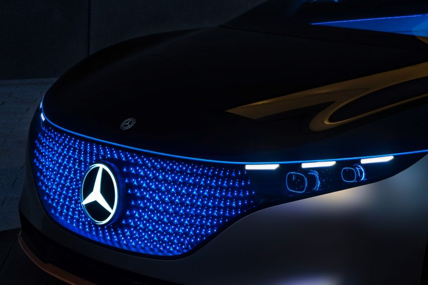 Mercedes-Benz Vision EQS debuts – concept electric flagship with over 470 hp, 760 Nm and 700 km range Image #1012563