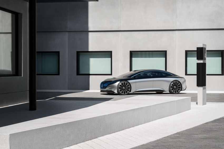 Mercedes-Benz Vision EQS debuts – concept electric flagship with over 470 hp, 760 Nm and 700 km range Image #1012575