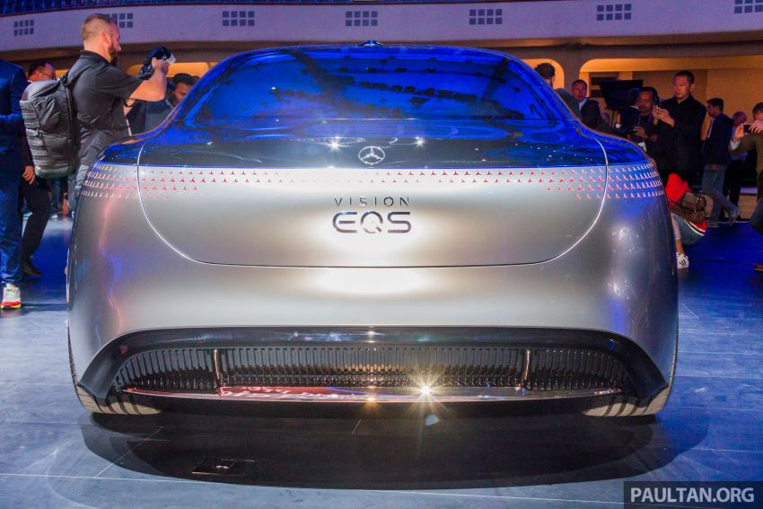 Mercedes-Benz Vision EQS debuts – concept electric flagship with over 470 hp, 760 Nm and 700 km range Image #1012675