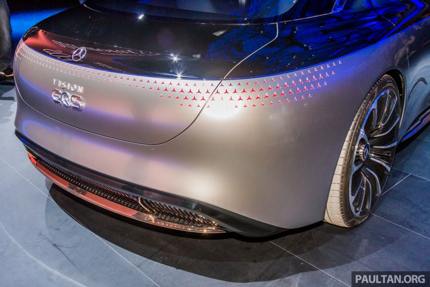 Mercedes-Benz Vision EQS debuts – concept electric flagship with over 470 hp, 760 Nm and 700 km range Image #1012682