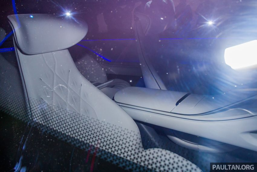 Mercedes-Benz Vision EQS debuts – concept electric flagship with over 470 hp, 760 Nm and 700 km range Image #1012686