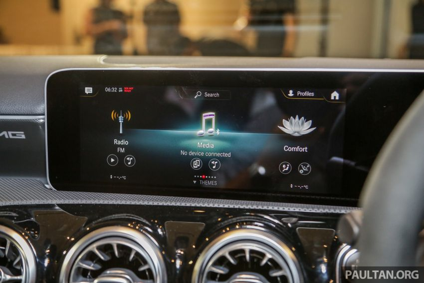 V177 Mercedes-AMG A35 4Matic Sedan launched in M'sia: 306 hp/400 Nm, 0-100 km/h in 4.8 secs, RM349k Image #1020470