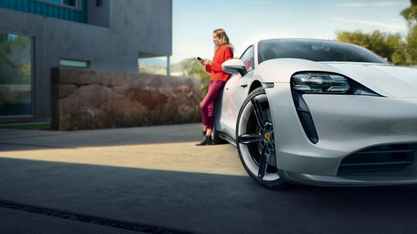 Porsche Taycan debuts – up to 761 PS, 1,050 Nm, 0-100 km/h in 2.8 seconds, 260 km/h, 450 km WLTP Image #1011008