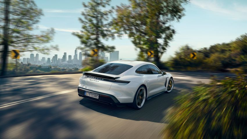 Porsche Taycan debuts – up to 761 PS, 1,050 Nm, 0-100 km/h in 2.8 seconds, 260 km/h, 450 km WLTP Image #1010998