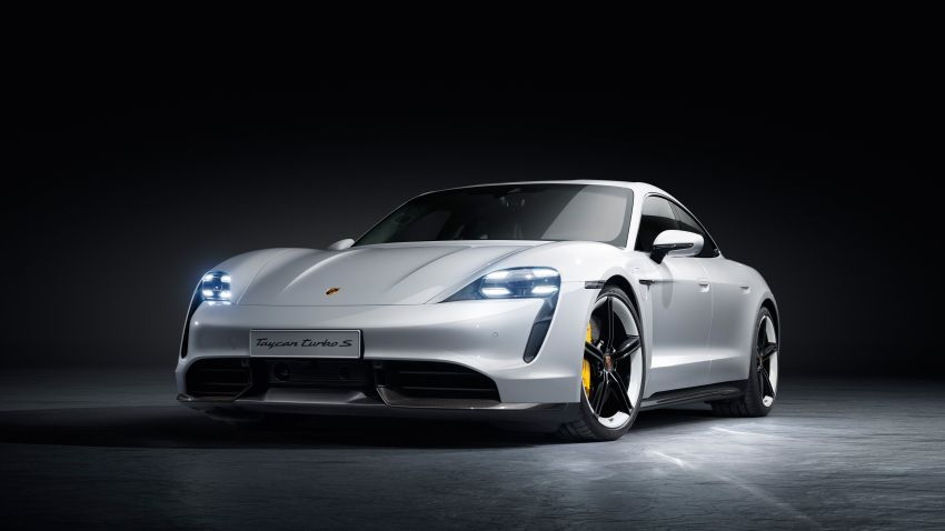 Porsche Taycan debuts – up to 761 PS, 1,050 Nm, 0-100 km/h in 2.8 seconds, 260 km/h, 450 km WLTP Image #1010990