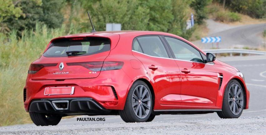 SPYSHOTS: Renault Megane RS facelift seen testing Image #1011286