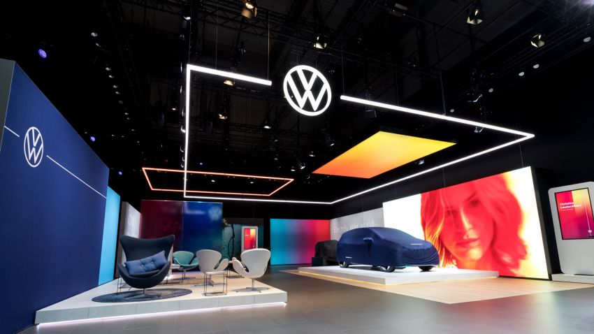 Volkswagen unveils new logo and CI, marks a new era Image #1011677