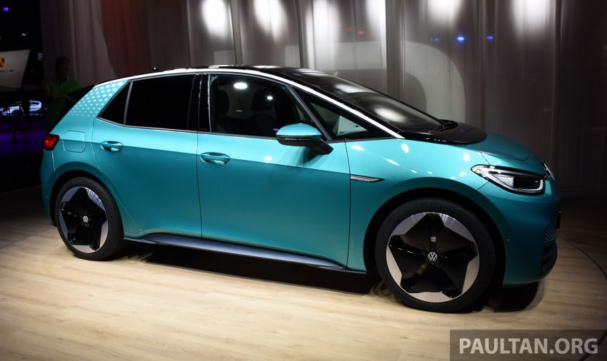 Volkswagen ID.3 pure electric car debuts – rear-wheel drive, up to 550 km range; from RM138k in Germany Image #1011629