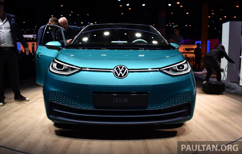 Volkswagen ID.3 pure electric car debuts – rear-wheel drive, up to 550 km range; from RM138k in Germany Image #1011639