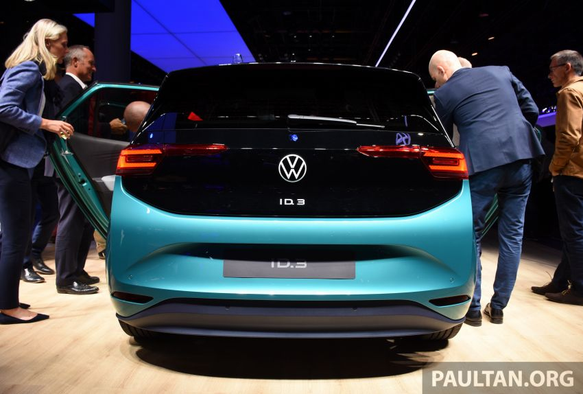 Volkswagen ID.3 pure electric car debuts – rear-wheel drive, up to 550 km range; from RM138k in Germany Image #1011651
