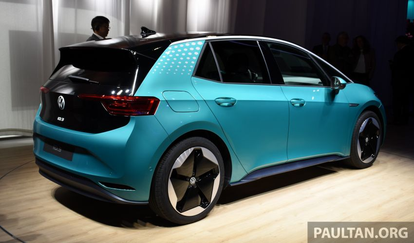 Volkswagen ID.3 pure electric car debuts – rear-wheel drive, up to 550 km range; from RM138k in Germany Image #1011631