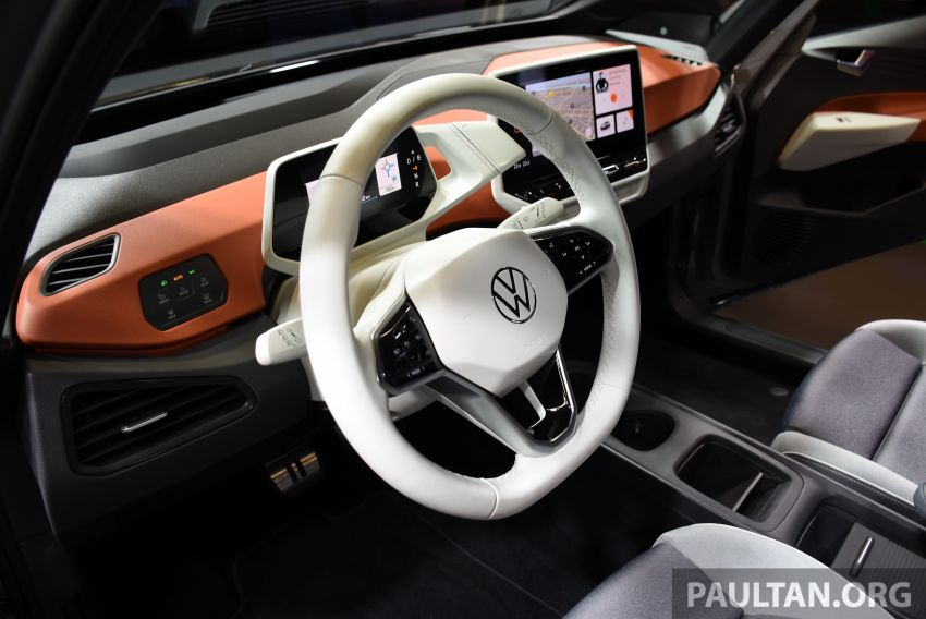 Volkswagen ID.3 pure electric car debuts – rear-wheel drive, up to 550 km range; from RM138k in Germany Image #1011664