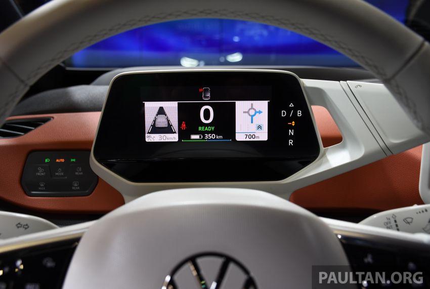 Volkswagen ID.3 – EV pacuan roda belakang, jarak gerak hingga 550 km, harga dari RM138k di Jerman Image #1012212