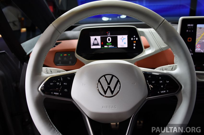 Volkswagen ID.3 pure electric car debuts – rear-wheel drive, up to 550 km range; from RM138k in Germany Image #1011671