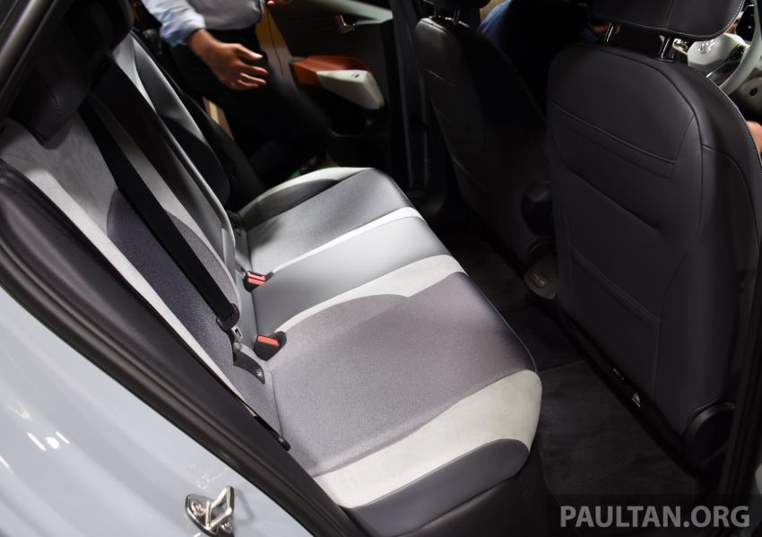 Volkswagen ID.3 pure electric car debuts – rear-wheel drive, up to 550 km range; from RM138k in Germany Image #1011686