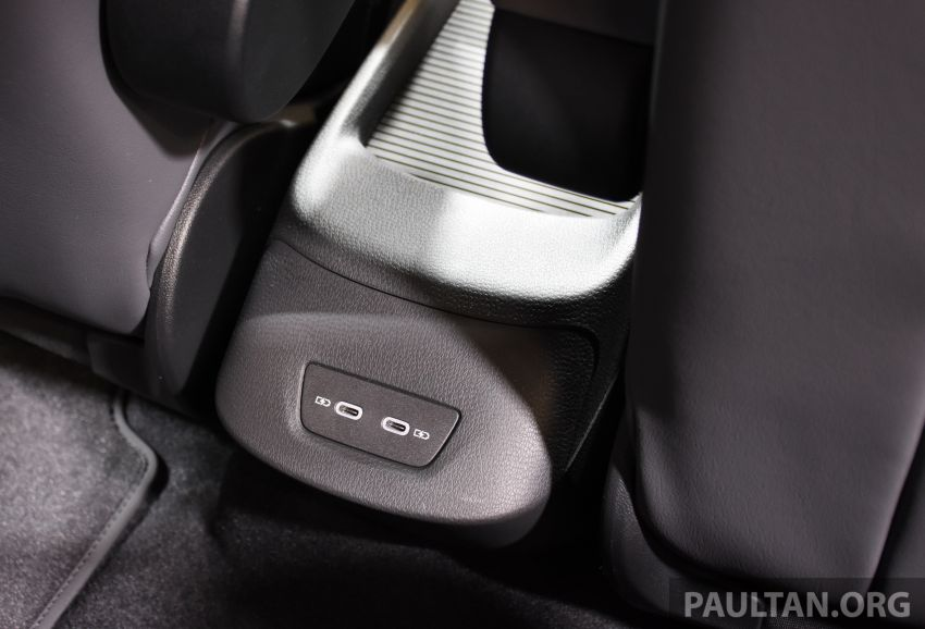 Volkswagen ID.3 pure electric car debuts – rear-wheel drive, up to 550 km range; from RM138k in Germany Image #1011696