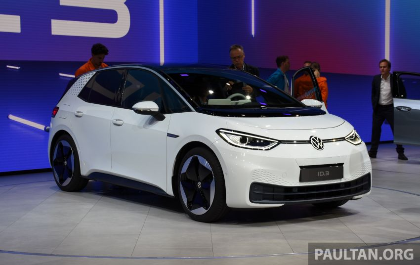 Volkswagen ID.3 pure electric car debuts – rear-wheel drive, up to 550 km range; from RM138k in Germany Image #1011633