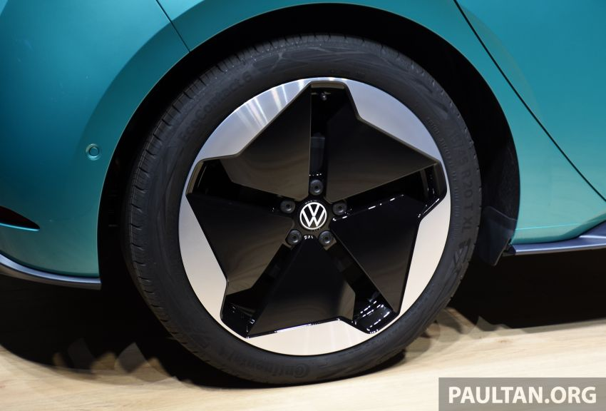 Volkswagen ID.3 pure electric car debuts – rear-wheel drive, up to 550 km range; from RM138k in Germany Image #1011634