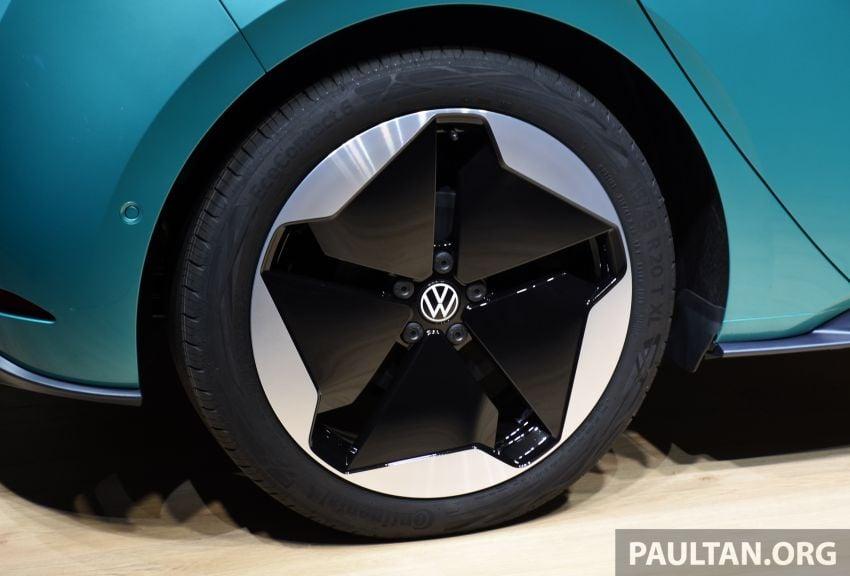 Volkswagen ID.3 – EV pacuan roda belakang, jarak gerak hingga 550 km, harga dari RM138k di Jerman Image #1012179