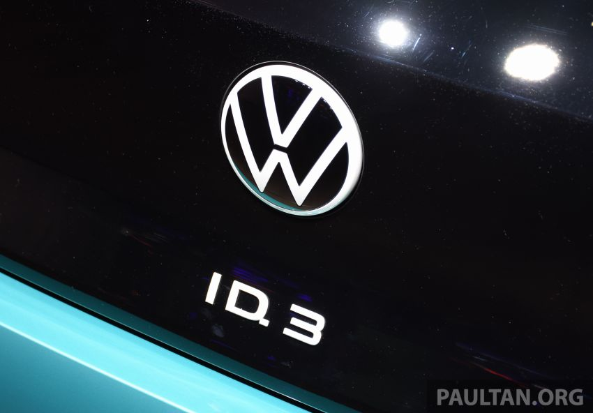 Volkswagen ID.3 pure electric car debuts – rear-wheel drive, up to 550 km range; from RM138k in Germany Image #1011636