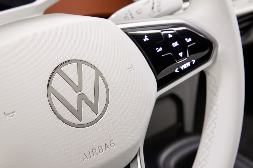 Volkswagen ID.3 pure electric car debuts – rear-wheel drive, up to 550 km range; from RM138k in Germany Image #1012247