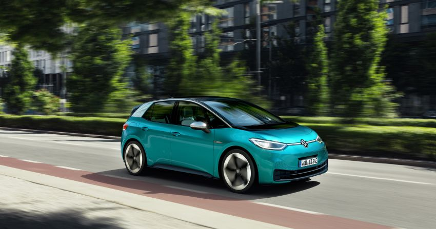 Volkswagen ID.3 pure electric car debuts – rear-wheel drive, up to 550 km range; from RM138k in Germany Image #1012248