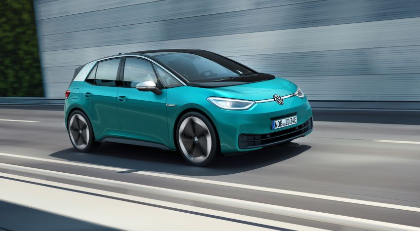 Volkswagen ID.3 pure electric car debuts – rear-wheel drive, up to 550 km range; from RM138k in Germany Image #1012250