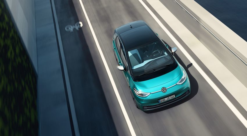 Volkswagen ID.3 pure electric car debuts – rear-wheel drive, up to 550 km range; from RM138k in Germany Image #1012252