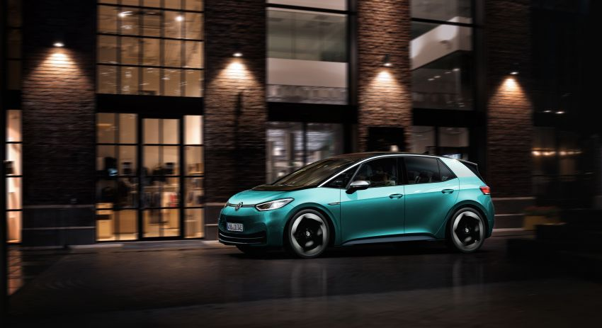 Volkswagen ID.3 pure electric car debuts – rear-wheel drive, up to 550 km range; from RM138k in Germany Image #1012254