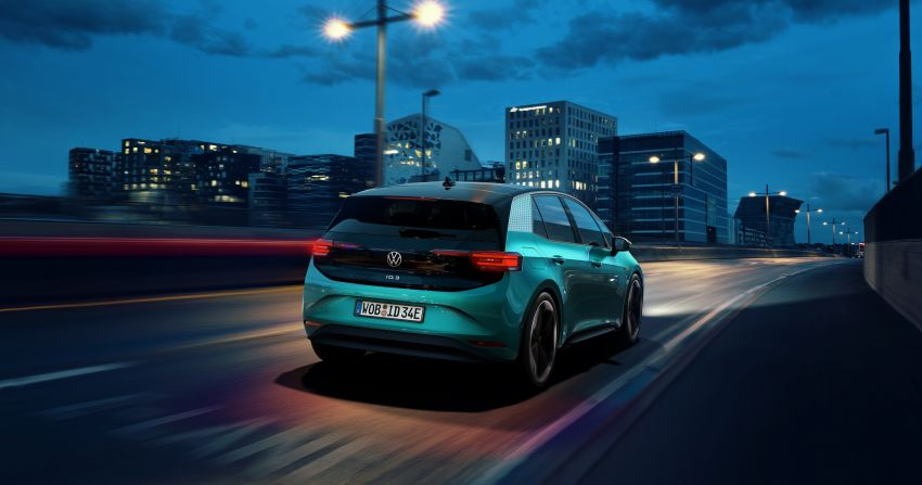 Volkswagen ID.3 pure electric car debuts – rear-wheel drive, up to 550 km range; from RM138k in Germany Image #1012255
