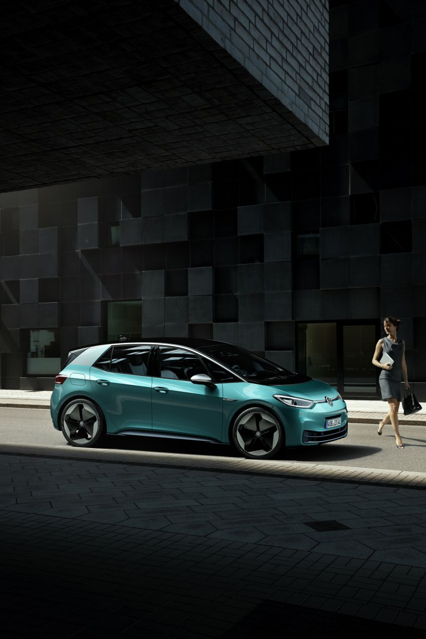 Volkswagen ID.3 pure electric car debuts – rear-wheel drive, up to 550 km range; from RM138k in Germany Image #1012263