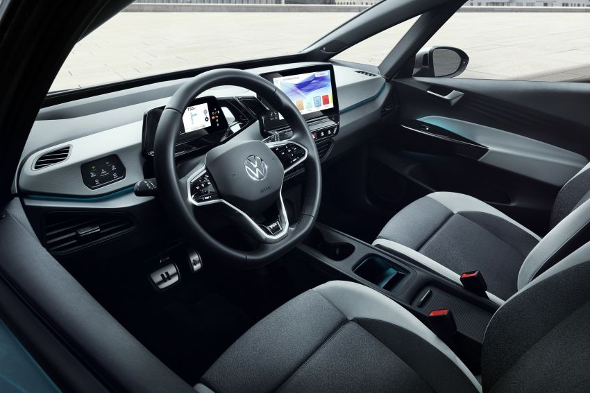 Volkswagen ID.3 pure electric car debuts – rear-wheel drive, up to 550 km range; from RM138k in Germany Image #1012279