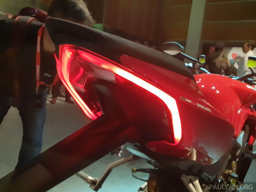 2020 Ducati Streetfighter V4 shown at DWP2020 – 208 hp, 123 Nm, 178 kg, from the equivalent of RM93,094 Image #1034629