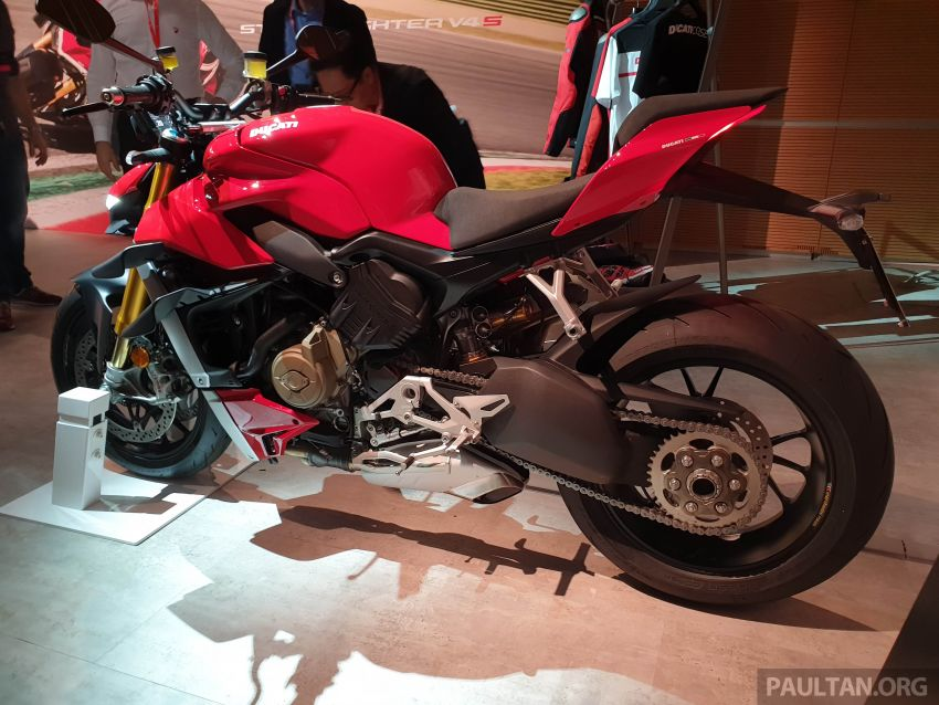 2020 Ducati Streetfighter V4 shown at DWP2020 – 208 hp, 123 Nm, 178 kg, from the equivalent of RM93,094 Image #1034622
